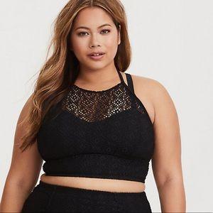 ❗️NWT❗️| Torrid | Crochet Bikini Top. Size 3.